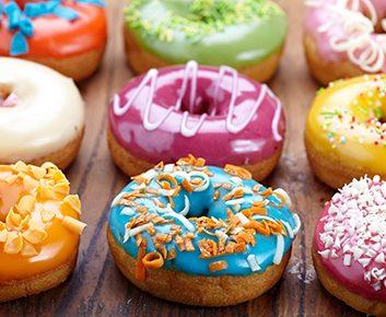 Les impacts des sucres et farines raffinés sur notre glycémie