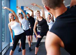 Pourquoi s'entraîner en groupe rend mince