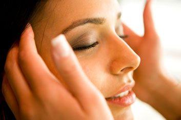 Essayez un massage ayurvédique de la tête