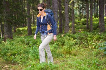 6. Faites de la randonnée.