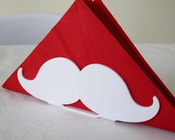 Porte-serviette moustache