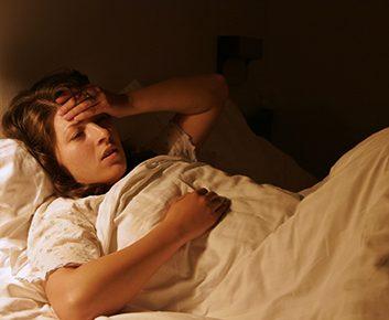 Les douleurs chroniques peuvent nuire au sommeil
