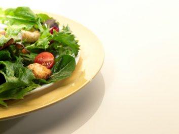 2. Devant un buffet de salades, comment disposeriez-vous vos légumes si vous étiez un artiste et votre assiette, une palette?
