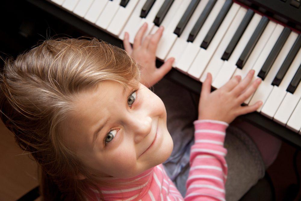 Jouer d'un instrument de musique pourrait protéger l'acuité mentale à long terme.