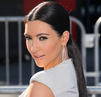 La queue de cheval comme Kim Kardashian