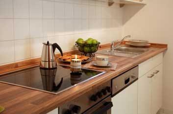 8. Comptoir de cuisine encombré