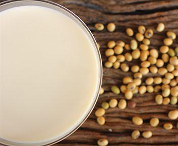 Du lait de soja dans les céréales
