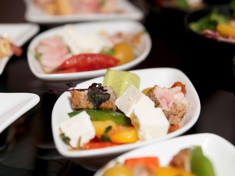 Un régime alimentaire pour maigrir débute avec des petites portions