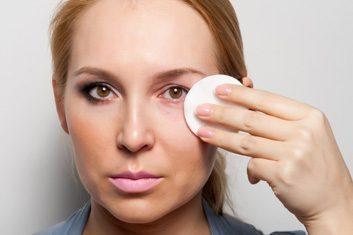 Retirez votre maquillage avant de vous coucher