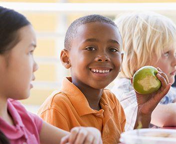 Doit-on mettre son enfant au régime?