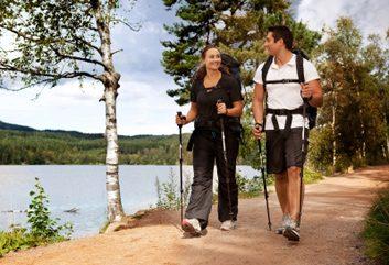 Réponse: b. marcher de 19 à 22 km par semaine réduit les risques de crise cardiaque.
