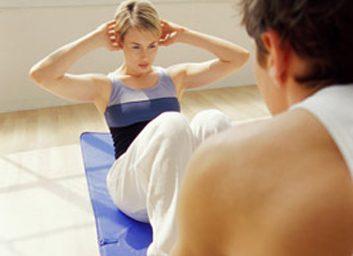 Mythe 3: on peut renforcer les abdominaux en faisant des relevés assis ou en étirant le dos