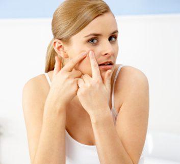1. Le curage de la peau