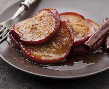 Tortillas aux pommes et à la cannelle