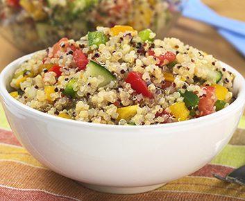 Salade de maïs, tomate et quinoa