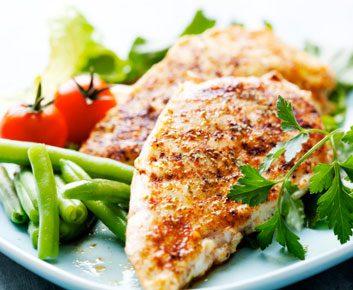 Alimentation: les régimes faibles en glucides fonctionnent-ils mieux pour certaines personnes?