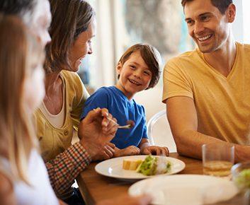 5 bienfaits santé des repas en famille