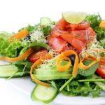 8 façons de consommer plus de légumes-feuilles