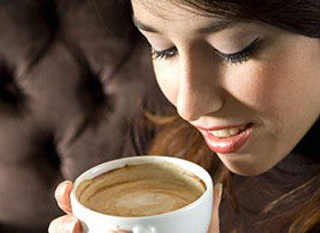 5. Boire du café en soirée