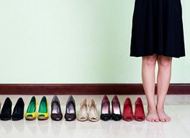 6 raisons qui expliquent pourquoi vos chaussures blessent vos pieds