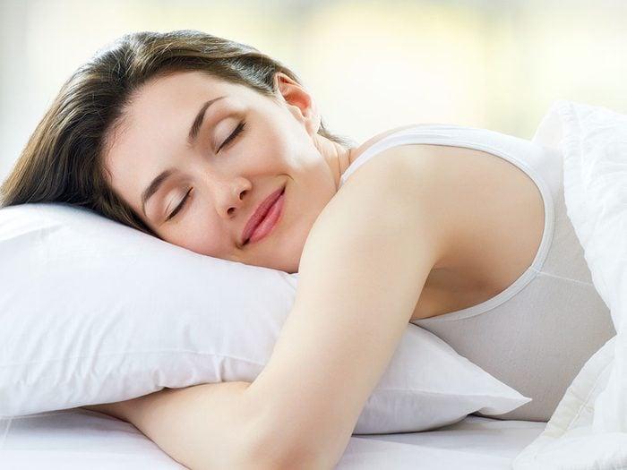 Pour un sommeil réparateur, évitez la lumière avant le coucher.