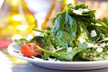 11. Consommez des épinards deux fois par semaine