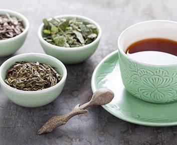 Thé vert et thé noir