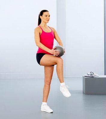 3. Lever de jambe, ballon au genou