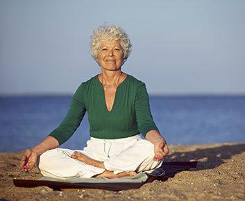 Essayez la méditation, évitez la viande et pratiquez le yoga