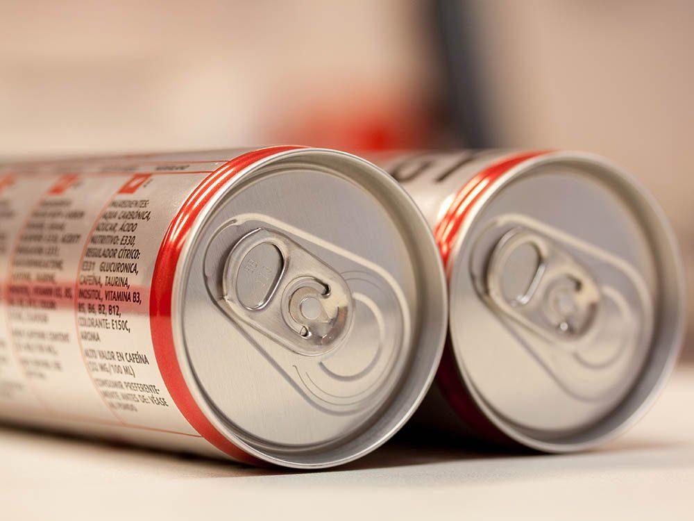Aliments à ne jamais racheter: les boissons énergisantes.