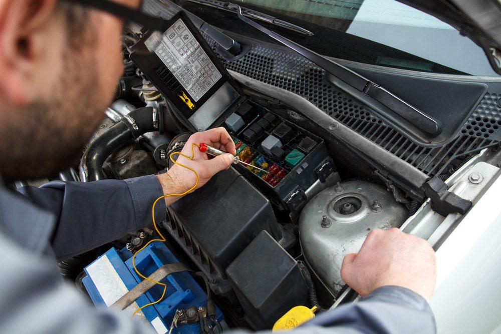 Inconvénient #5 : L'entretien spécialisé des autos électriques