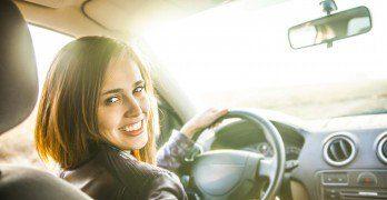 Louer une voiture : 20 avantages et inconvénients