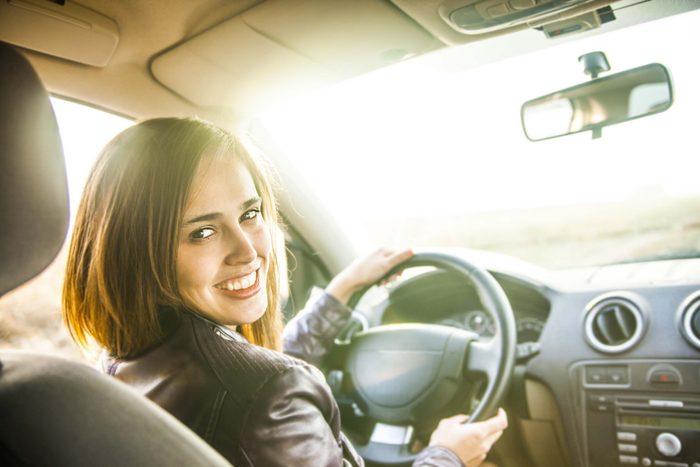 Les avantages et inconvénients de la location de voitures.