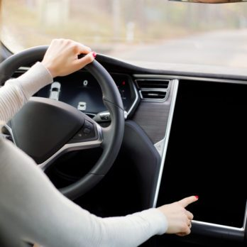 14 objets très utiles à garder dans votre voiture