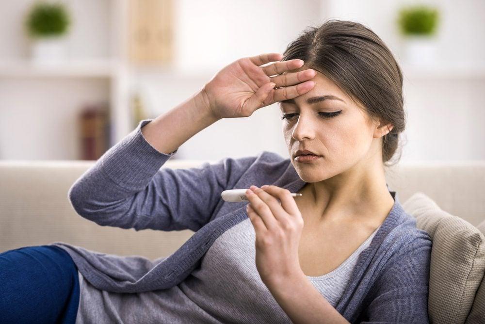 Symptôme de cancer chez la femme: fièvre.