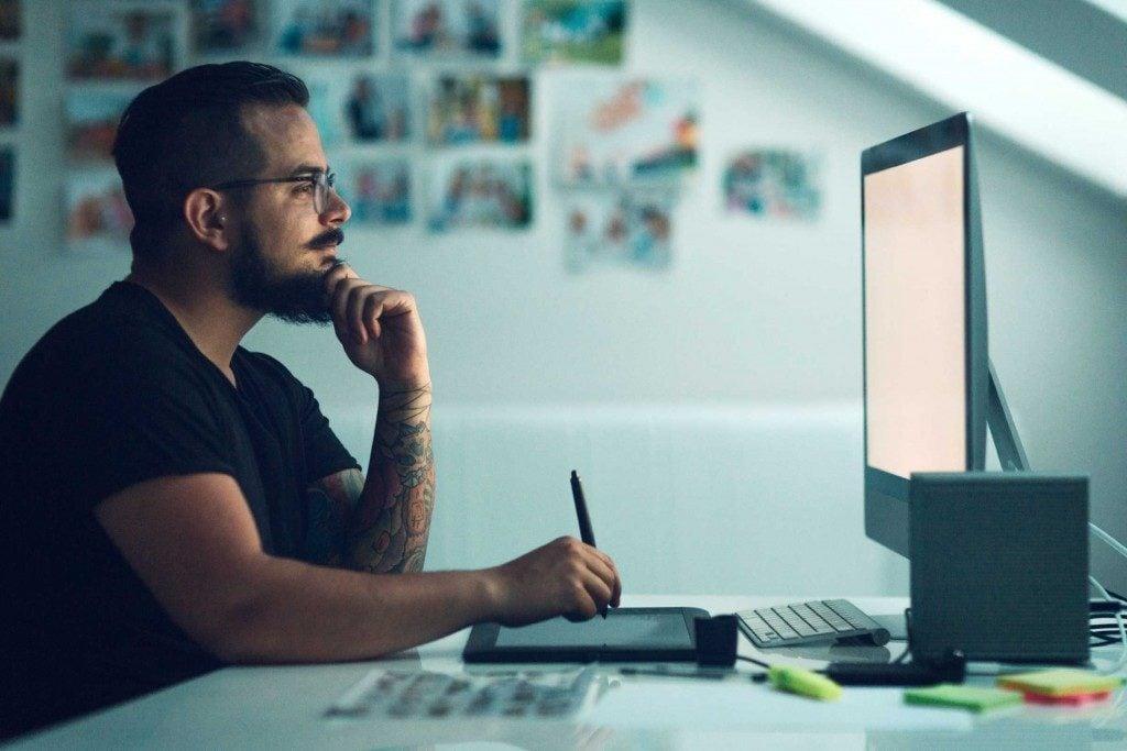 Passer trop de temps devant un écran augmente le risque de faire une crise cardiaque.