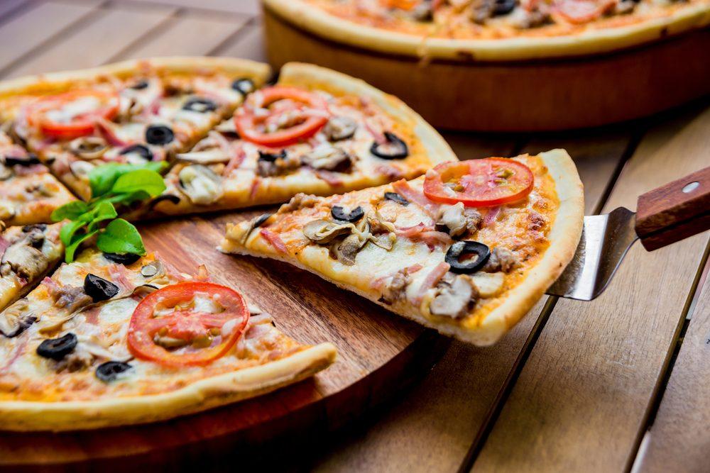 Préférez la pizza à croûte mince pour une alimentation santé