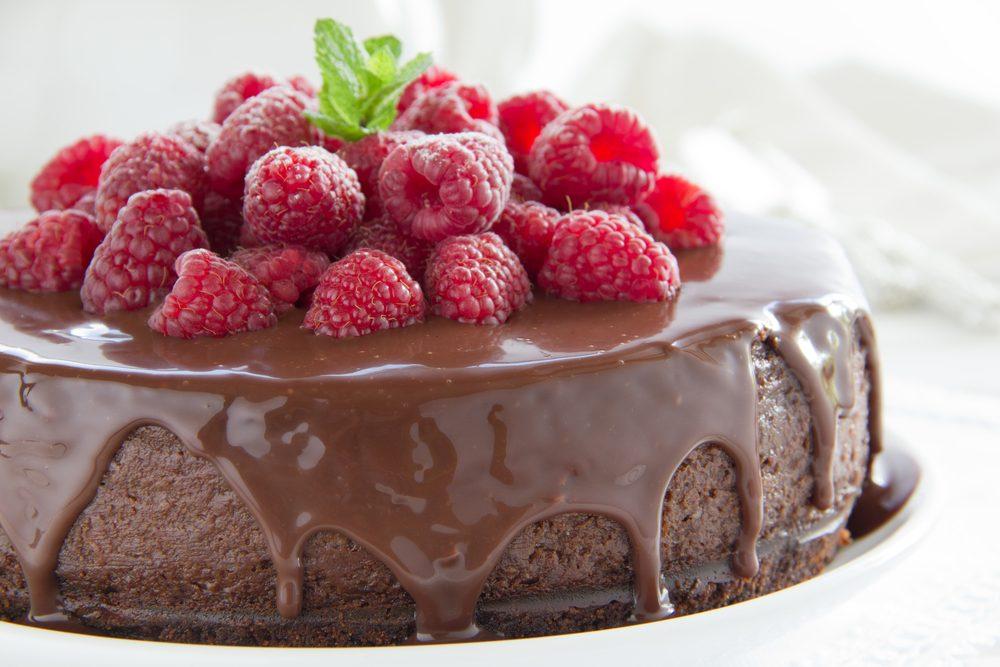 Gâteau express au chocolat et aux framboises