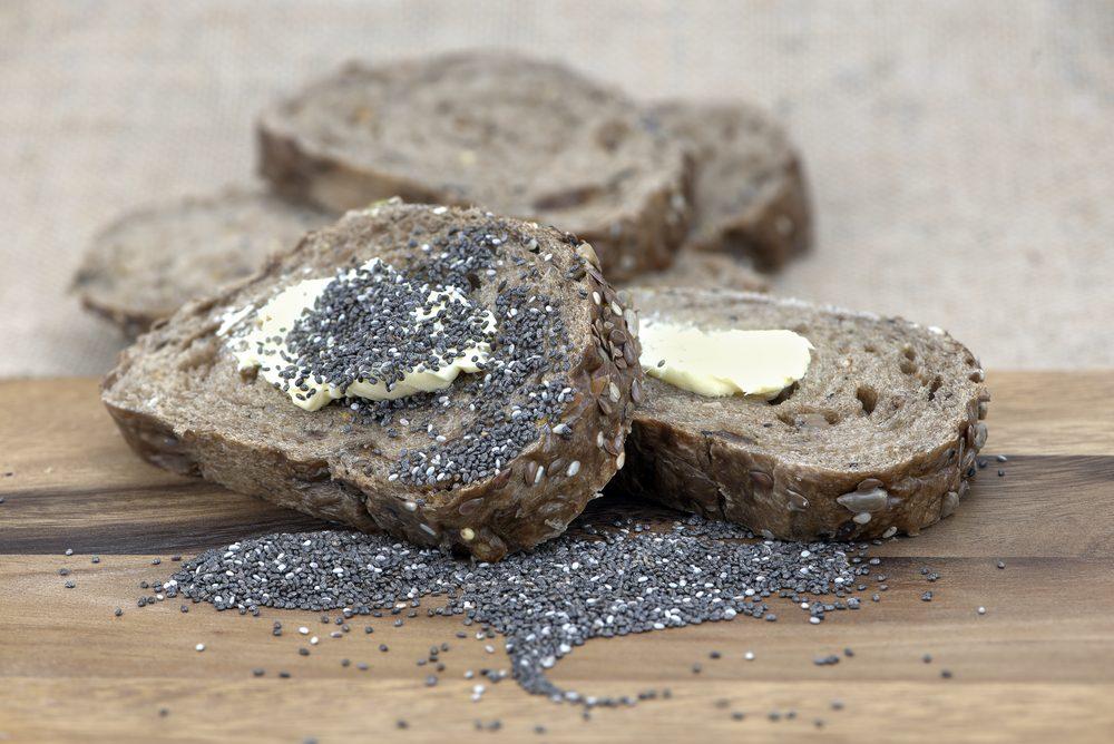 Graines de chia: parmi ses autres bienfaits, la graine de chia favorise une belle peau d'apparence saine.
