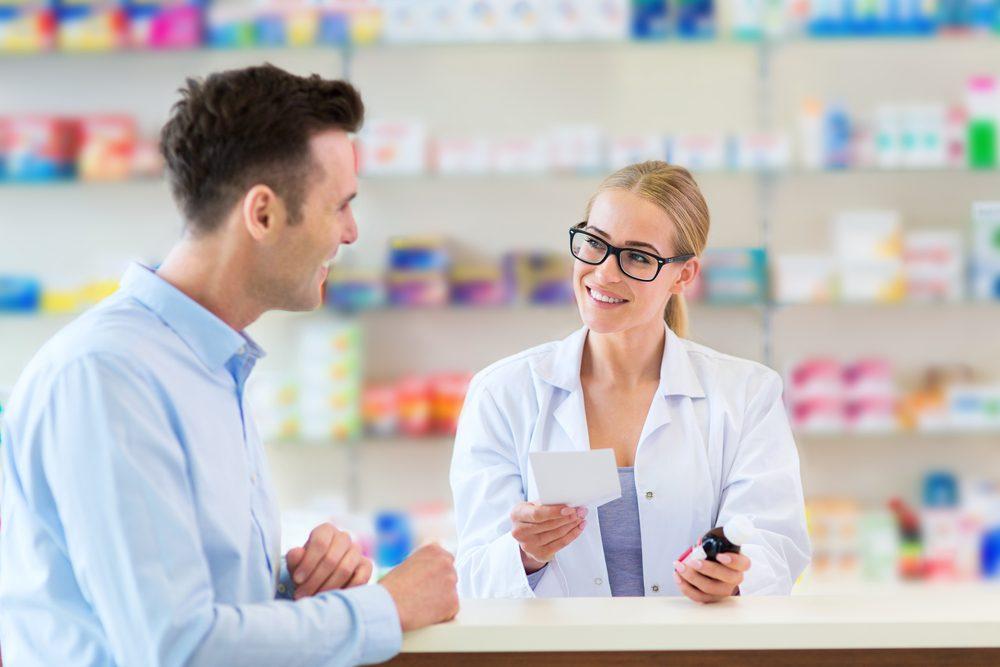 Consultez plusieurs professionnels de la santé pour gérer l'hypertension.