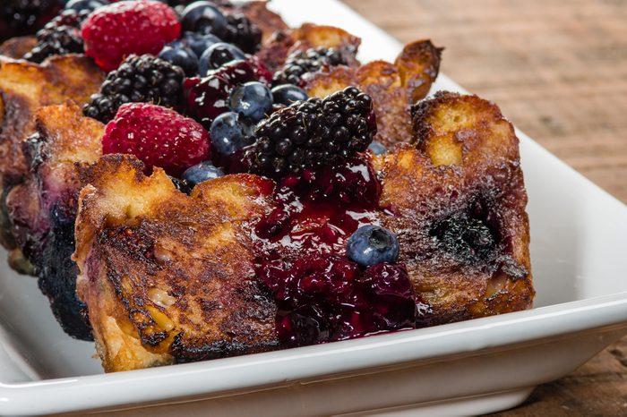 Un pouding aux petits fruits comme déjeuner simple.