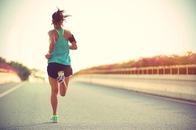 Un excès d'activité physique minerait le système immunitaire et présenterait des risques pour votre santé.