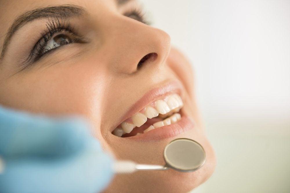 Pour renforcer votre système immunitaire, prenez soin de vos dents et de votre bouche.