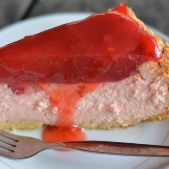 Tarte congelée aux fraises et au yogourt