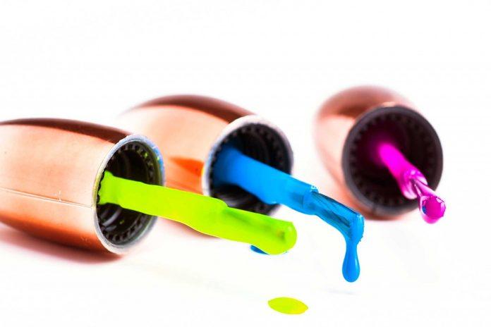 vernis-onlges-tons-neons-spontaneite