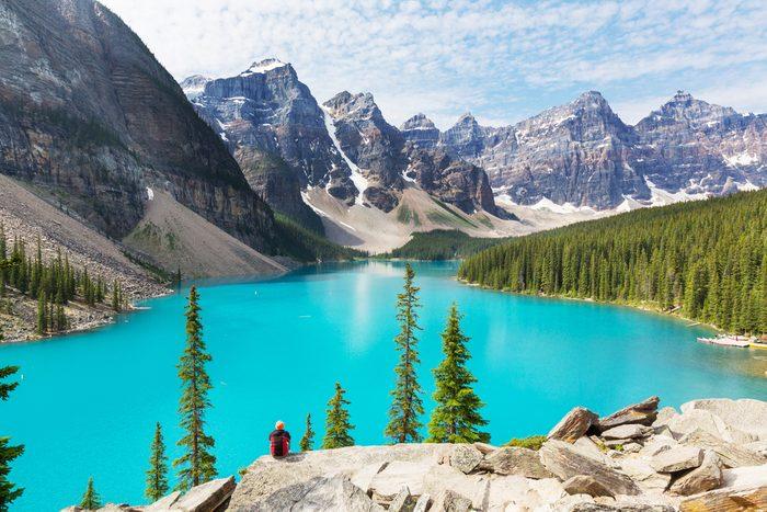 Le lac Moraine du Parc National de Banff, en Alberta