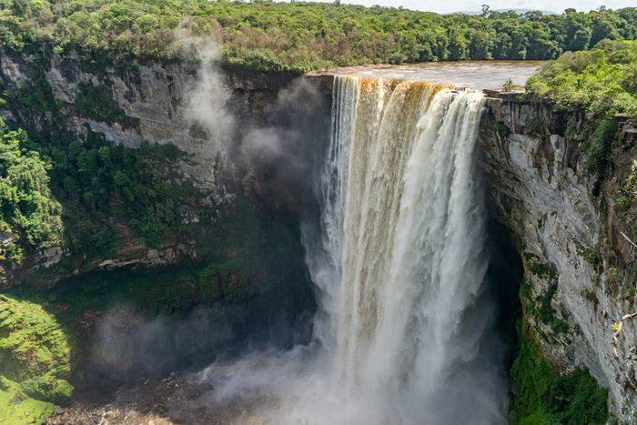 Les chutes de Kaieteur au Guyana