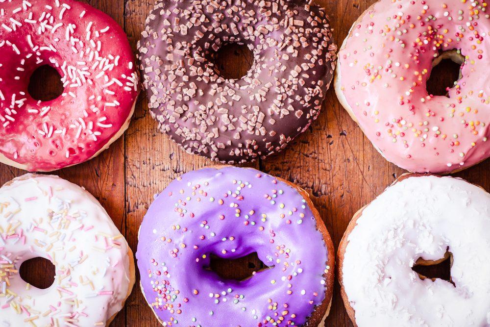 Manger trop de sucre, une mauvaise habitude pour votre santé.