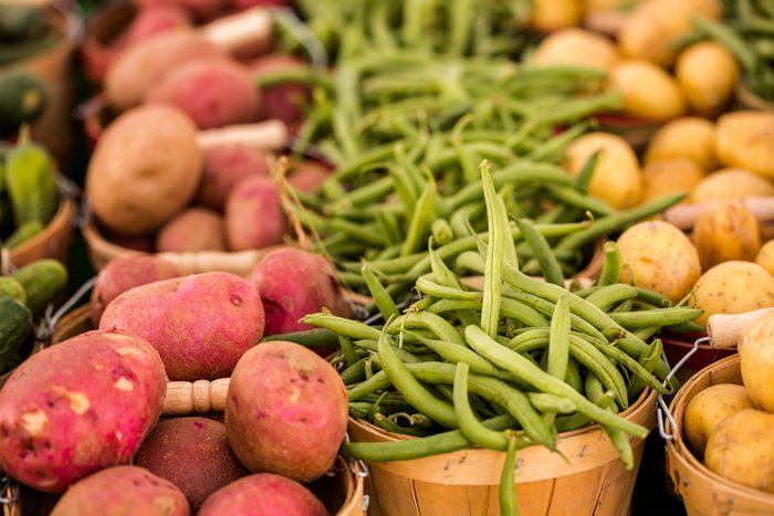 Vous mangerez plus de fruits et légumes de saison dans les marchés publics.