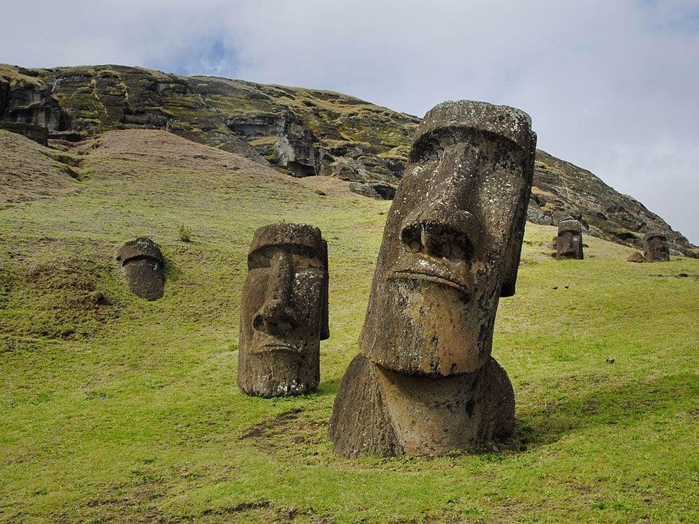 Les statues de l'ile de Pâques